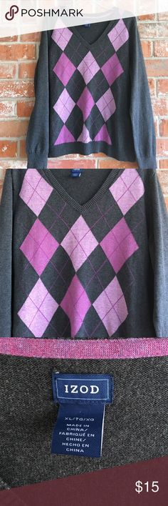 "Beautiful Sweater By IZOD XL EUC This sweater is so warm and cozy. No flaws. I love the colors💜💜It measures 23"" underarm to underarm and is 26"" long. The sleeves measure 26"" from seam at top of shoulder💕 Izod Sweaters Crew & Scoop Necks"