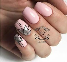 Hey there lovers of nail art! In this post we are going to share with you some Magnificent Nail Art Designs that are going to catch your eye and that you will want to copy for sure. Nail art is gaining more… Read Gelish Nails, Nail Manicure, Toe Nails, Manicure Ideas, Nail Ideas, Nagellack Design, Nagellack Trends, August Nails, Pretty Nail Art