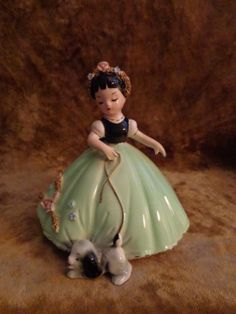 Vintage-Josef-Originals-Girl-Taking-Puppy-Dog-for-a-Walk-Figurine-NICE