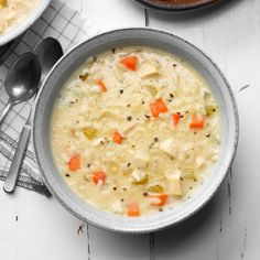 I came up with this creamy chicken rice soup recipe while making some adjustments to a favorite stovetop chicken casserole. We like this soup for lunch with a crisp roll and fresh fruit. Best Soup Recipes, Healthy Soup Recipes, Spicy Recipes, Chicken Recipes, Cooking Recipes, Chicken Soups, Beef Recipes, Beef Soups, Beer Chicken