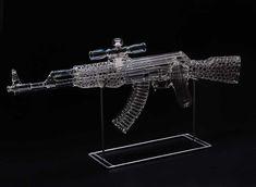 tImpresionantes esculturas de vidrio de Robert Mickelson