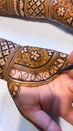 Traditional Mehndi Designs, Mehndi Designs Feet, Latest Bridal Mehndi Designs, Full Hand Mehndi Designs, Mehndi Designs 2018, Stylish Mehndi Designs, Mehndi Designs For Beginners, Mehndi Designs For Girls, Mehndi Design Photos