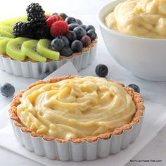 Creamy, dairy-free and sugar-free this vanilla pastry cream is perfect for your low carb desserts. I love it in my tarts and on my spoon!