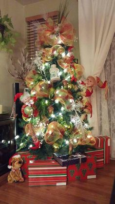 Christmas Tree, Holiday Decor, Home Decor, Firs, Teal Christmas Tree, Homemade Home Decor, Xmas Trees, Interior Design, Christmas Trees