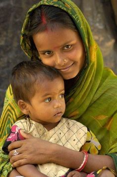 We Are The World, People Of The World, Beautiful World, Beautiful People, Tribal Images, India For Kids, Mother And Child Painting, Mother India, Emotional Photography