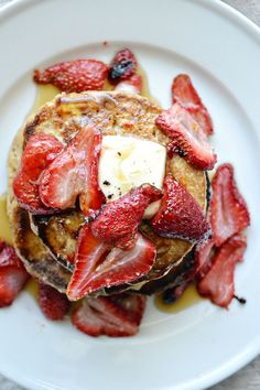 Roasted Strawberry Pancakes