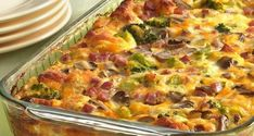 Tasty Recipe Pick: Ham and Cheese Omelet Bake. Here's a brunch bake that has it all, from ham and cheese to veggies, with a biscuit crust. Breakfast Dishes, Breakfast Time, Breakfast Casserole, Breakfast Recipes, Egg Casserole, Casserole Recipes, Breakfast Crowd, Casserole Ideas, School Breakfast