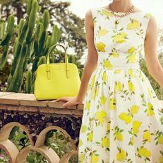 Pretty Novelty Print Dresses: Kate Spade Lyric Dress with Lemon Print Mode Chic, Mode Style, Look Fashion, Womens Fashion, Fashion Design, Lemon Print Dress, Patron Vintage, Estilo Retro, Look Vintage