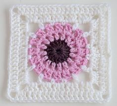 Transcendent Crochet a Solid Granny Square Ideas. Wonderful Crochet a Solid Granny Square Ideas That You Would Love. Crochet Squares, Point Granny Au Crochet, Crochet Motifs, Granny Square Crochet Pattern, Crochet Blocks, Crochet Diagram, Crochet Chart, Crochet Stitches, Knit Crochet