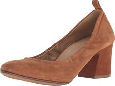 Brown Naturalizer Women's Dalee Pump Shoes   Beautiful Naturalizer Shoes for various occasion Pump Shoes, Pumps, Blunt Bob Haircuts, Naturalizer Shoes, Jumper Dress, Loose Tops, Style Ideas, Block Heels, Peep Toe