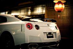 Nissan GTR. *heart skips a beat*