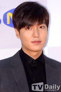 141117 Lee Min Ho at 2014 Korean Popular Culture and Arts Awards
