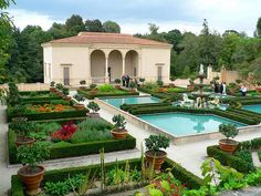 Hamilton, New Zealand. This large garden features styles of other countries, this the Italian one.