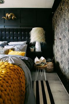 The mustard chunky knit blanket adds a pop in this dark and moody bedroom. The maximalist design and&; The mustard chunky knit blanket adds a pop in this dark and moody bedroom. The maximalist design and&; Colorful Interior Design, Colorful Interiors, Home Interior Design, Interior Office, Room Interior, Modern Interior, Dark Interiors, Luxurious Bedrooms, Dark Bedrooms