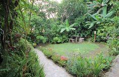 Garden Area of the Rustic Lodge #CostaRica   monteverdetours.com