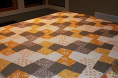 new quilt pattern from Shiners view blog with tutorial.