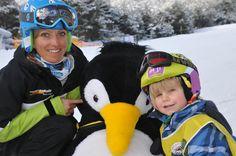#Gratis #Kinderskikurse für #Bambinis Animation, Sport, Skiing, Hats, Fashion, Deporte, Ski, Moda, Hat