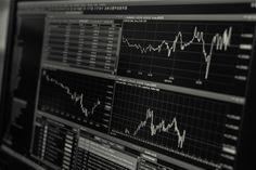Românii și economiile