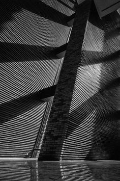 Wuzhen Theatre, Zhejiang, China, 2013 | Kris Yao, Artech Architects