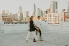 Foolishly Rushing In: Fotografía editorial de bodas inspirada en la moda – Wedding Hub Nicole Richie, Lisa Wagner, Coco Hair, After All This Time Always, Top Wedding Photographers, Gold Models, All About Time, New York Skyline, Photography