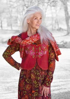 Love these colorful fashions from GUDRUN SJÖDÉN – Webshop, mail order and boutiques | Colorful clothes and home textiles in natural materials.