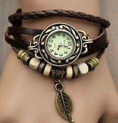 Relógio-pulseira de Folha