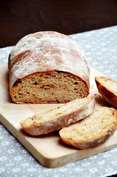 Tipikus Flammeres: Hagymás tönkölykenyérke Izu, Bread Recipes, Banana Bread, Bakery, Paleo, Health Fitness, Desserts, Food, Rolls