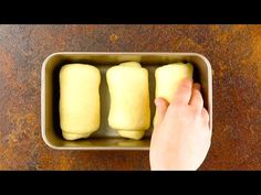 It's so easy to make the fluffiest bread ever – Famous Last Words Unique Recipes, Sweet Recipes, Bread Recipes, Baking Recipes, Japanese Milk Bread, Bon Ap, Sicilian Recipes, Sicilian Food, Chocolate Croissant