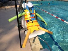 This lifeguard who went on break   26 People That Prove Boredom Breeds Brilliance