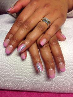 Prettypinkglitter nails