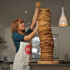 World's Tallest Stack of Pancakes!