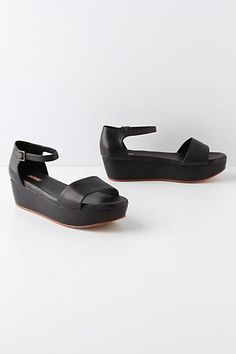 Perfect for those of us who have a hard time with heels :) Potrero Flatforms #anthropologie