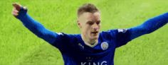 football soccer goal hug fans celebrate calcio epl leicester city lcfc leicester city fc king power stadium jamie vardy