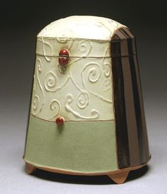 Liz Zlot Summerfield - this also satisfies my lidded box obsession