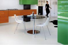 € 300,00 #sconto 40% #tavolo rotondo, fisso, modello MOON, piano in #vetro, impiallacciato #legno o mdf #laccato. Base a colonna centrale in #metallo #cromato. Diametro 110 cm. Ottima soluzione per #arredare la #cucina, la #caffetteria e la #sala da #pranzo di un #ristorante.In #offerta su #chairsoutlet, ultimi pezzi! Compralo adesso #online su www.chairsoutlet.com