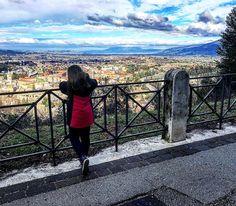 Di spalle.     #spoleto #igersitaly #igerseurope #igersitalia #igersumbria #ig_italia #ig_italy #ig_europe #ig_umbria  #umbria #italianplaces #cloudporn #clouds  #nuvole #italiainunoscatto #bestvacations #landscapelovers  #umbriagram #volgoumbria #vivoumbria #igerseuropa #traveldiary #instatravel #neverstopexploring #visitumbria #paesaggio #latergram #landscape
