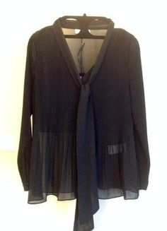 Kup mój przedmiot na #vintedpl http://www.vinted.pl/damska-odziez/bluzki-z-dlugimi-rekawami/16232824-bluzka-z-plisa-i-kokarda
