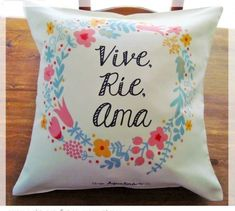 Almohadones con frases - Almohadones - Casa - 800454 Hand Embroidery Patterns, Embroidery Art, Crafts To Sell, Diy And Crafts, Terrace Decor, Purple Rooms, Pillow Fabric, Embroidery For Beginners, Cricut Creations
