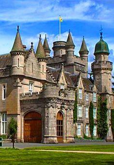 Balmoral Castle Medieval Edinburgh in Scotland. Isle of Skye, Scotland. Forgotten Castle In Scotland Greenan Castle in South Ayrsh Beautiful Castles, Beautiful Buildings, Beautiful Places, Real Castles, Chateau Medieval, Medieval Castle, Scotland Castles, Scottish Castles, Castle Ruins
