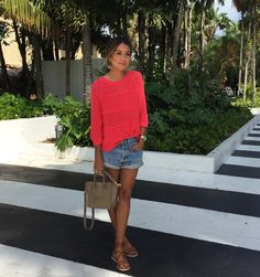 dressed up jean shorts / sincerely jules Summer Outfits, Casual Outfits, Cute Outfits, Denim Shorts Style, Jean Shorts, Look Con Short, Sincerely Jules, Nouveau Look, Boho Fashion
