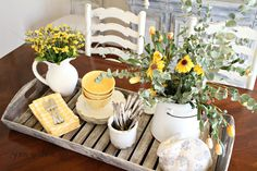 French Farmhouse Style Vignettes French Farmhouse Style Vignettes Always wanted to learn how to knit, nonetheless not sure where to start? This particula. Antique Farmhouse, Farmhouse Homes, French Farmhouse, Farmhouse Style, Farmhouse Decor, French Country, Coastal Farmhouse, Country Charm, Farmhouse Ideas