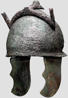 Etruscan helmet