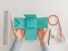 The ultimate step-by-step guide to your first explosion box - Part 1 - The ultimate step-by-step guide for your first Explosi – Suzu Papers The ultimate step-by-step gu - Ideas Scrapbook, Baby Scrapbook, Scrapbook Journal, Scrapbook Paper, Origami Diy, Useful Origami, Origami Tutorial, Diy Paper, Paper Crafts