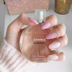 Show details for Perfume Perfume Chanel, Avon Perfume, Pink Perfume, Perfume Scents, Best Perfume, Perfume Oils, Perfume Bottles, Parfum Chic, Diy Perfume Recipes