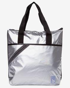 Geanta Puma de umar argintie Gym Bag, Fashion, Moda, Fashion Styles, Duffle Bags, Fashion Illustrations, Fashion Models