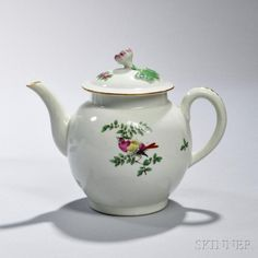 First Period Worcester Porcelain Teapot and Cover | Bidsquare