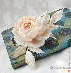 """Брошь/заколка Роза """"Моник"""" айвори. Цветы из ткани - батик, дизайнерская брошь. МегаГрад - город мастеров"""