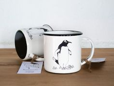 Emaille Becher mit Pinguinen, verreisen, Reiseaccessoire, Camping / mug for camping with penguin, travel made by lanómada via DaWanda.com