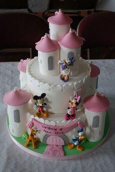 Minnie Castle Cake Minnie Mouse Birthday Cakes, Mickey Mouse Cake, Minnie Mouse Cake, Fancy Cakes, Cute Cakes, Bolo Fack, Dora Cake, Lily Cake, Bolo Mickey