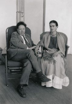 Frida Kahlo y Diego Rivera Pareciera que esta foto fue obligada…
